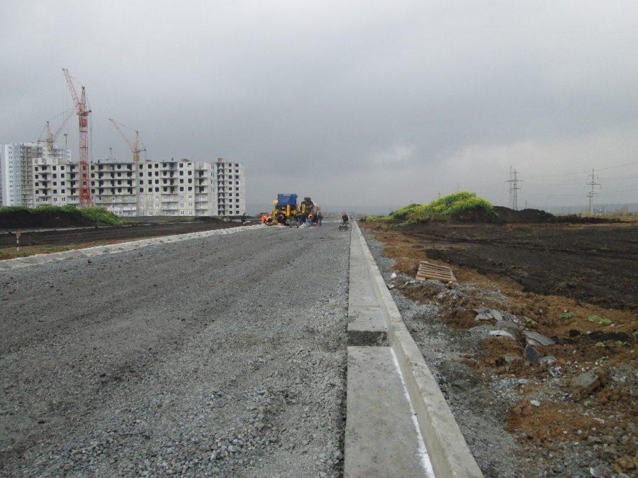 На возведение дорог в микрорайонах массовой застройки Кемерова направили более 250 миллионов