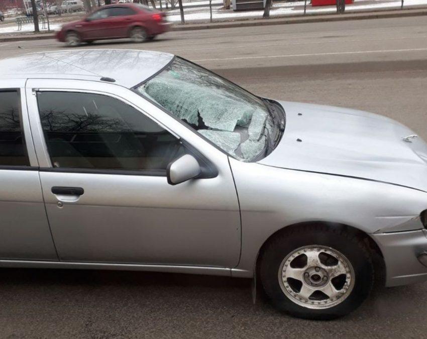 Девушку иженщину сбили напешеходном переходе вКемерово
