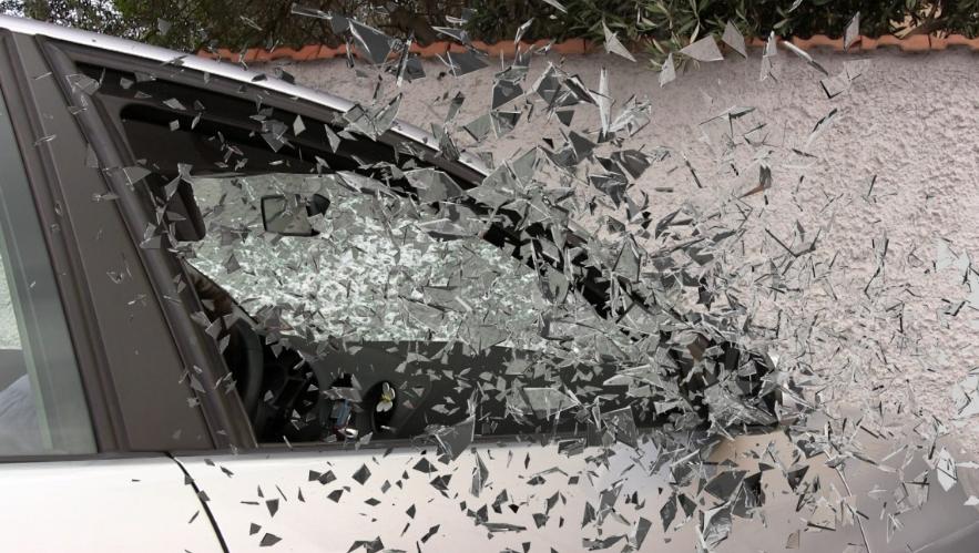 Накузбасской трассе шофёр Лексус спровоцировал ДТП, три человека погибли