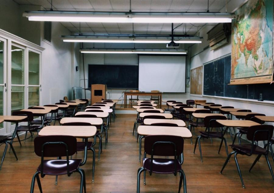 Внашем государстве растёт число недовольных школами родителей