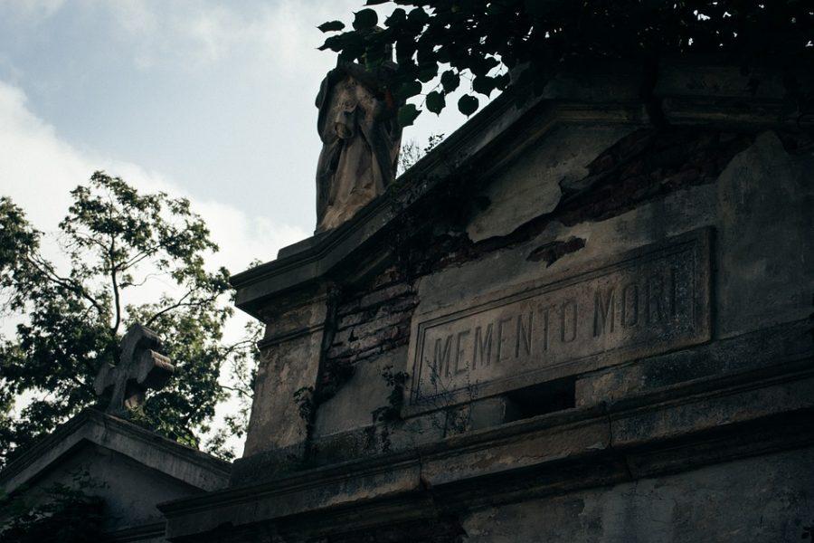 ВКузбассе ради 7 тысяч похоронили женщину без ведома родственников