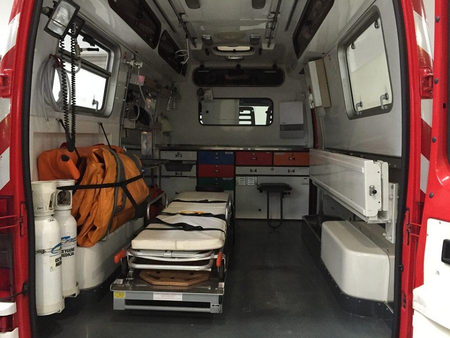 На трассе в Кузбассе водитель Daewoo протаранил Mitsubishi, пострадали два человека