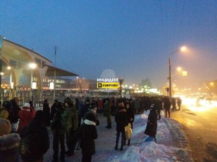 В «Кузбасспассажиравтотранcе» рассказали об эвакуации автовокзала Кемерова