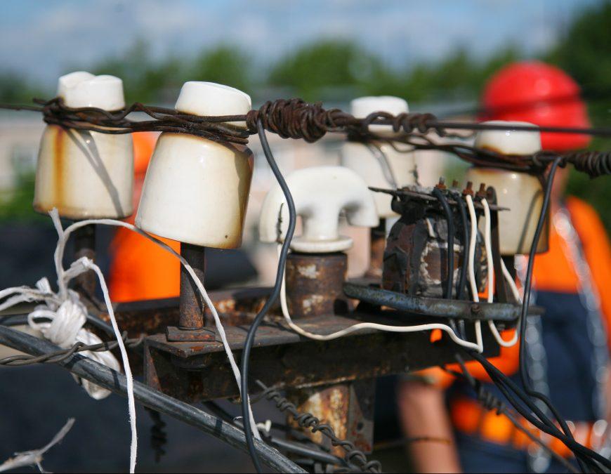 В Кузбассе энергетики и коммунальщики успешно ликвидировали последствия штормового ветра