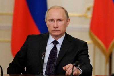 Владимир Путин назвал терактом взрыв в супермаркете Петербурга