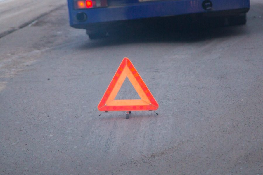 В Новокузнецке при столкновении двух Toyota пострадали три человека