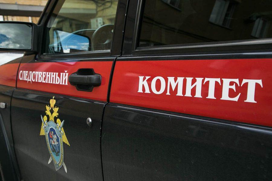 В Кемерове рабочий упал с крыши пятиэтажки, Следком организовал проверку