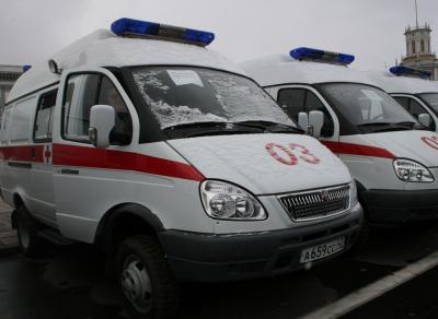 В Новокузнецке с балкона седьмого этажа выпал мужчина