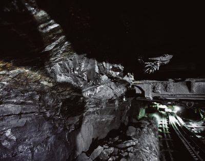 На шахте «Есаульская» завершили спасательную операцию, троих кузбассовцев вывели на поверхность