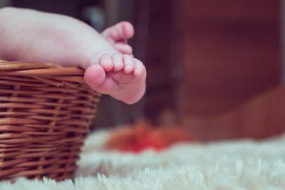 В Америке женщина родила здоровую дочь из замороженного 24 года назад эмбриона