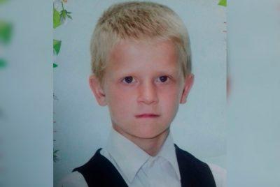 Кузбассовцев просят помочь найти без вести пропавшего первоклассника в Белове