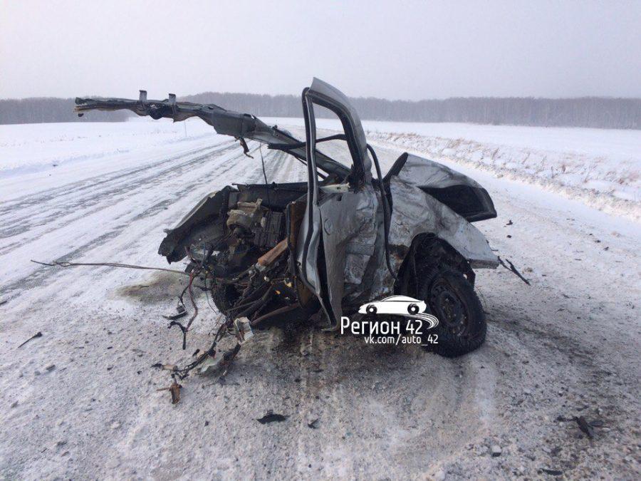 Вдорожной трагедии  под Новосибирском умер  шофёр  «Ниссана»