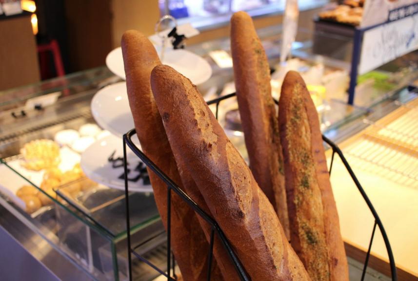 Французские пекари выступают за признание багета наследием ЮНЕСКО