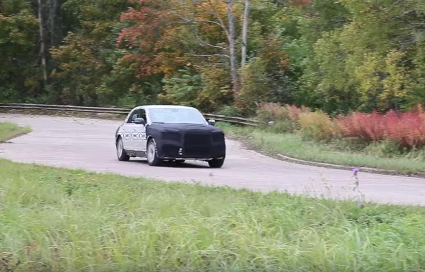 Специалисты начали обкатку авто проекта «Кортеж