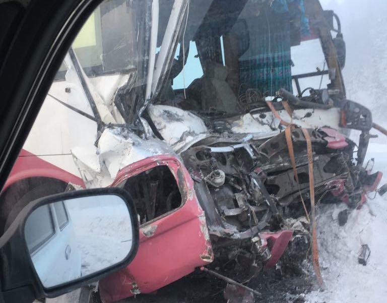 В МВД рассказали, какие травмы получили пострадавшие в ДТП с вахтовым автобусом в Кузбассе