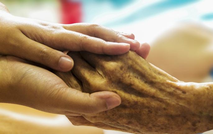 Нобелевский лауреат назвала 5 методов замедлить старение