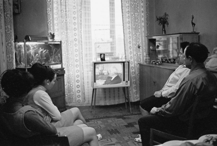 Учёные: беспрерывный просмотр сериалов может смертельно навредить здоровью
