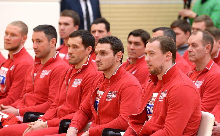 МОК отнёс приехавших на ОИ российских атлетов к «группе высокого риска»
