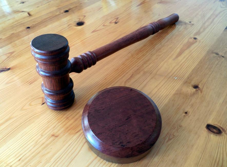 Судей в Российской Федерации могут освободить отобъяснения мотивов при принятии решений