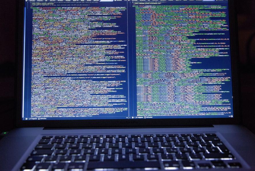 Завсегдатаев интернет-ресурсов с«клубничкой» предупредили о новоиспеченной опасности