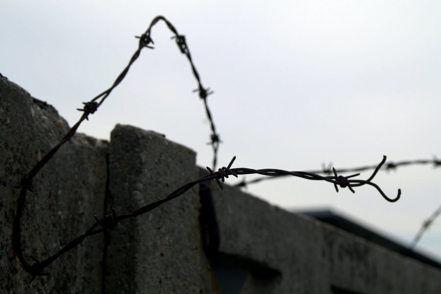 В Кузбассе вор-рецидивист трижды обокрал дом соседа