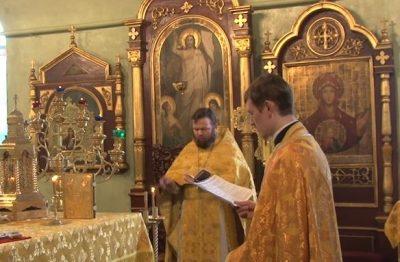Божественную литургию впервые провели в Кемерове на греческом языке