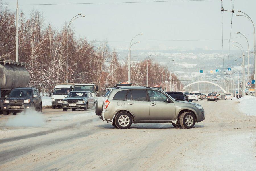 Екатеринбург стал лидером поприобретению авто  премиум-класса в 2017г.