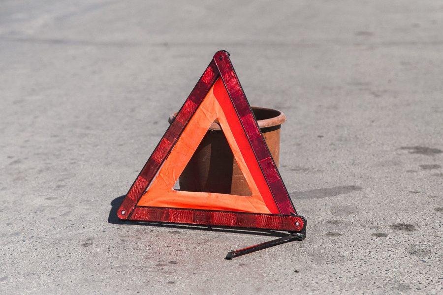 Кемеровчанка за рулём Toyota сбила пенсионерку на зебре, появилось видео момента ДТП