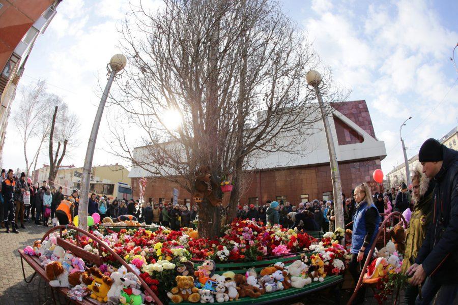 28 марта в Кемерове на мемориале у ТРК «Зимняя вишня» пройдут памятные мероприятия