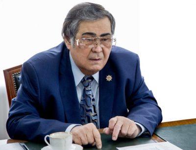 Аман Тулеев возглавил оперативный штаб по ликвидации последствий ЧП в кемеровской «Зимней вишне»