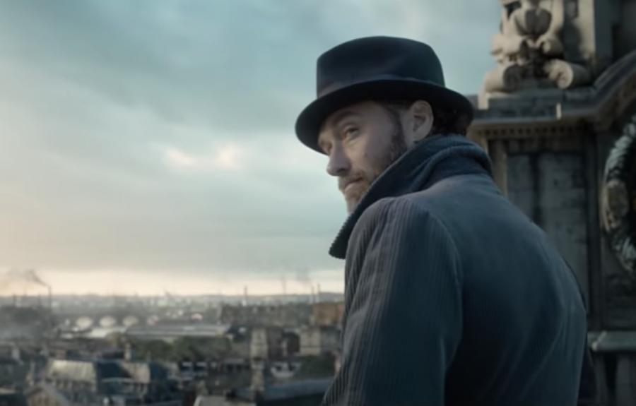 В Сети появился трейлер второй части «Фантастических тварей» с Джудом Лоу в роли Дамблдора