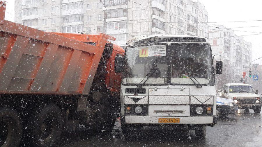 Фургоны КАМАЗ начали собирать вУзбекистане