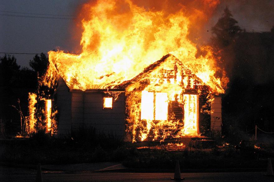 В Белове 81-летняя пенсионерка погибла при пожаре