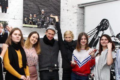 Знаменитый художник из Германии встретился с воспитанниками художественной школы Кузбасса