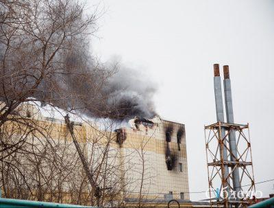 Пострадавшим при пожаре в «Зимней вишне» оказывают помощь в урегулировании страховых претензий