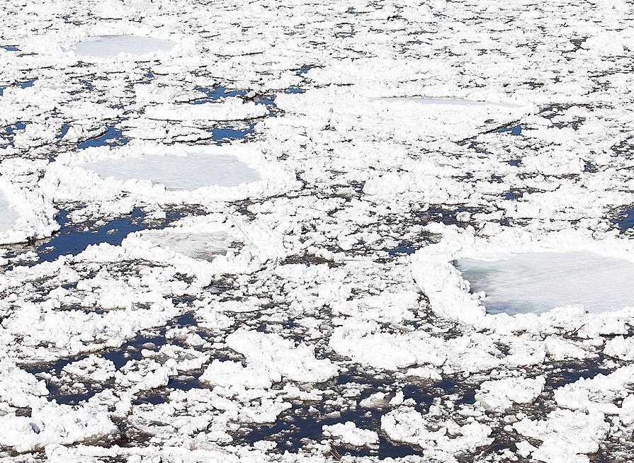 Синоптики: начался ледоход на реке Уса в Междуреческе