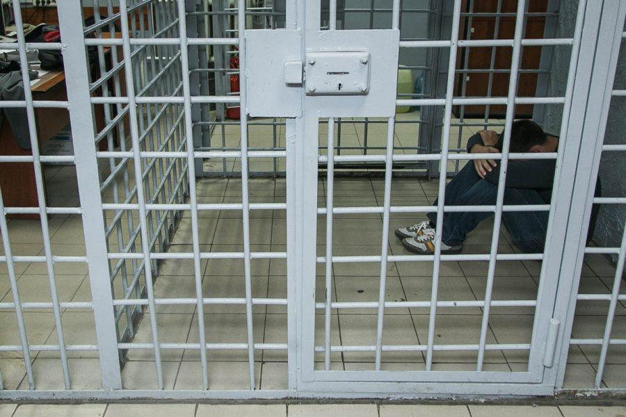 В Кемерове задержали мужчину, напавшего на знакомого из-за предложения жить вместе