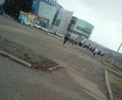В Кемерове эвакуировали работников и посетителей ТРК «Лапландия»