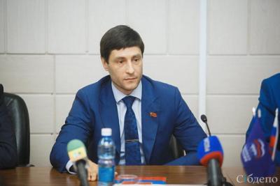 Депутаты кузбасского облсовета приняли отставку Алексея Синицына