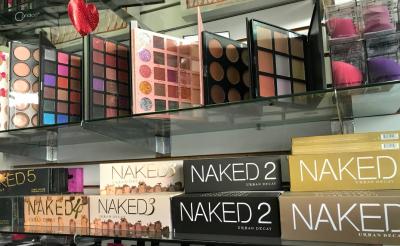 В магазинах США продавали косметику с фекалиями