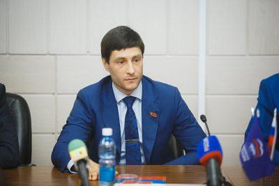 Аман Тулеев избран председателем парламента Кемеровской области