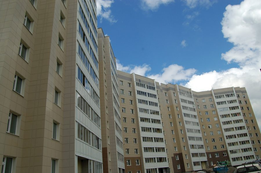 В Госдуме предлагают ограничить регистрацию в квартирах и домах