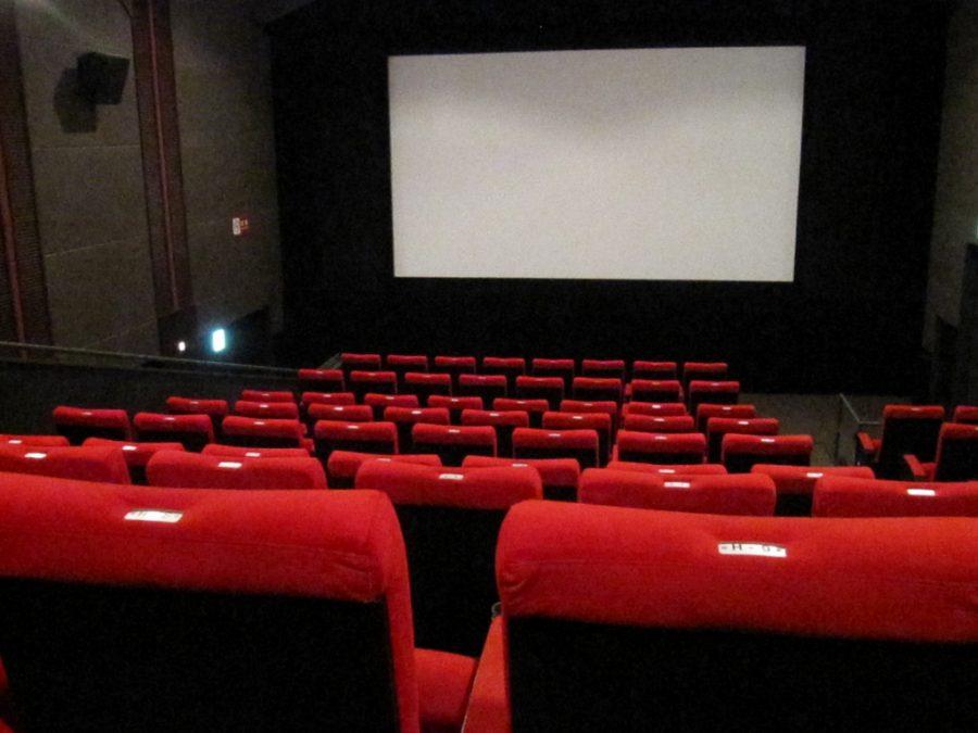 Минкульт и МЧС предложили показывать ролики о пожарной безопасности в кино