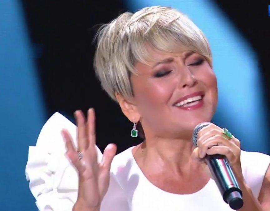 Певица Анжелика Варум отказалась от песни «Зимняя вишня» в своём репертуаре
