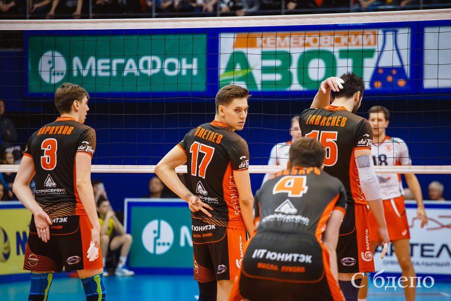 Волейболисты «Кузбасса» проиграли первый матч серии за бронзовые медали