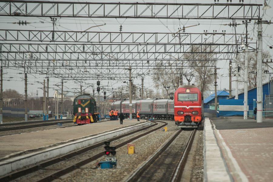 Поезд новокузнецк новосибирск купить билет аренда автомобиля для такси с выкупом в спб