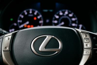 В России отзывают более 7,6 тысяч авто Toyota и Lexus из-за проблем с подушками безопасности