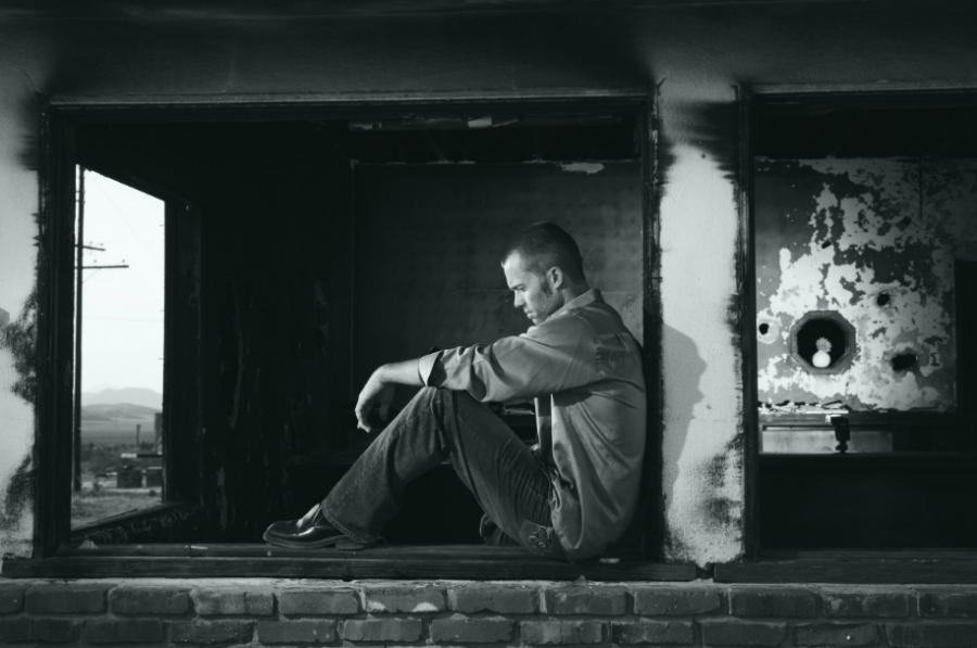Учёные из Швеции заявили, что послеродовая депрессия может появиться и у мужчин