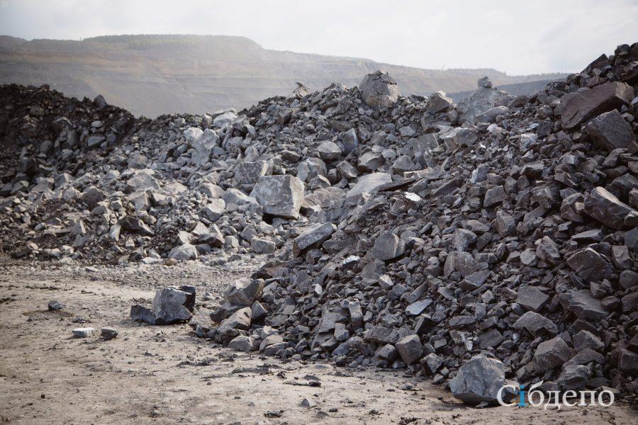 В Кузбассе суд на три месяца приостановил ведение горных работ на опасном участке угольного разреза