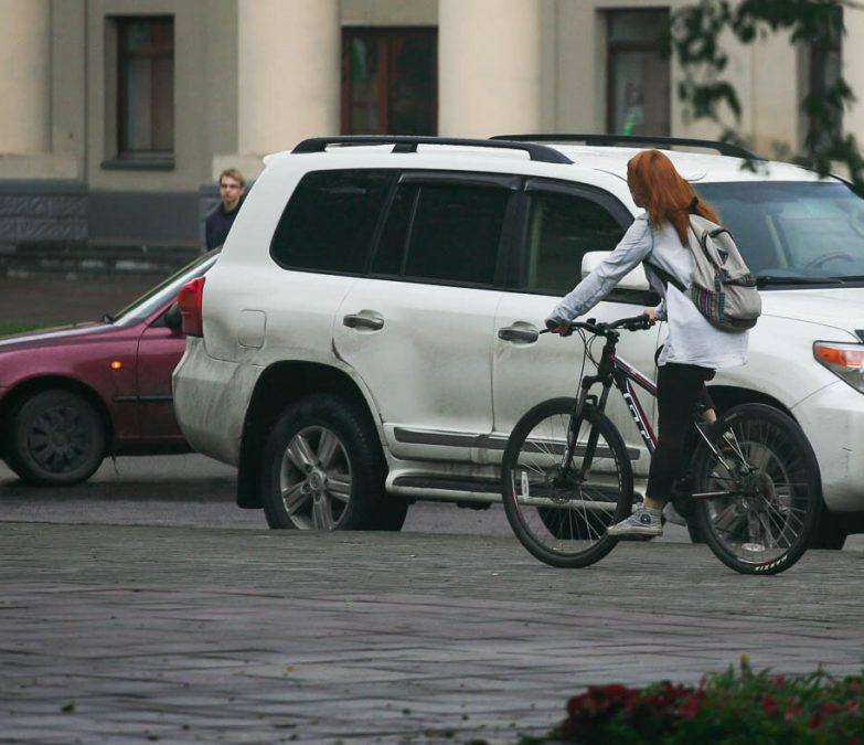 В государственной думе  посоветовали  обязать велосипедистов сдавать тест назнание ПДД